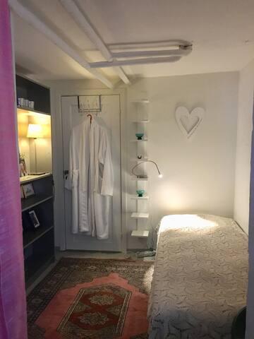 Torpadrängens rum. För dig som bara behöver sova