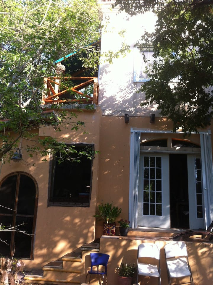 suite con terraza en casa mosaico