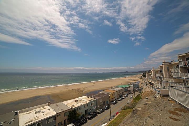 220I Shore del Mar I - Aptos - Condominium