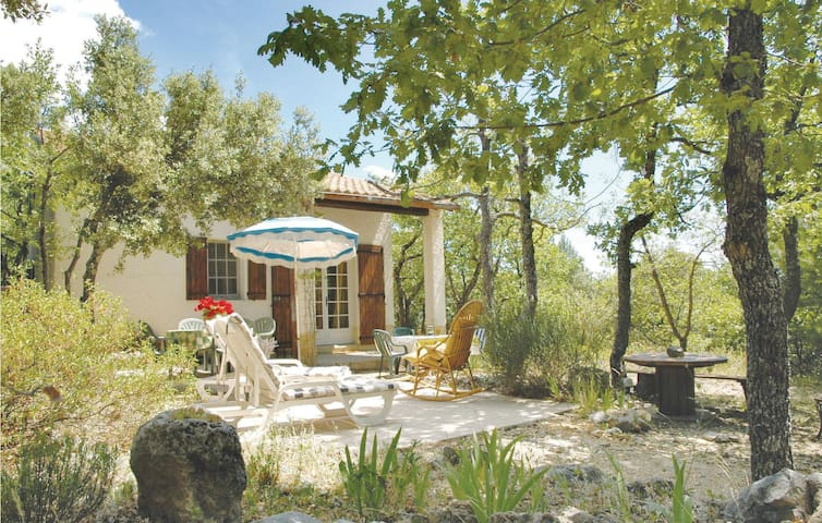 Holiday cottage with 2 bedrooms on 78m² in Bédoin