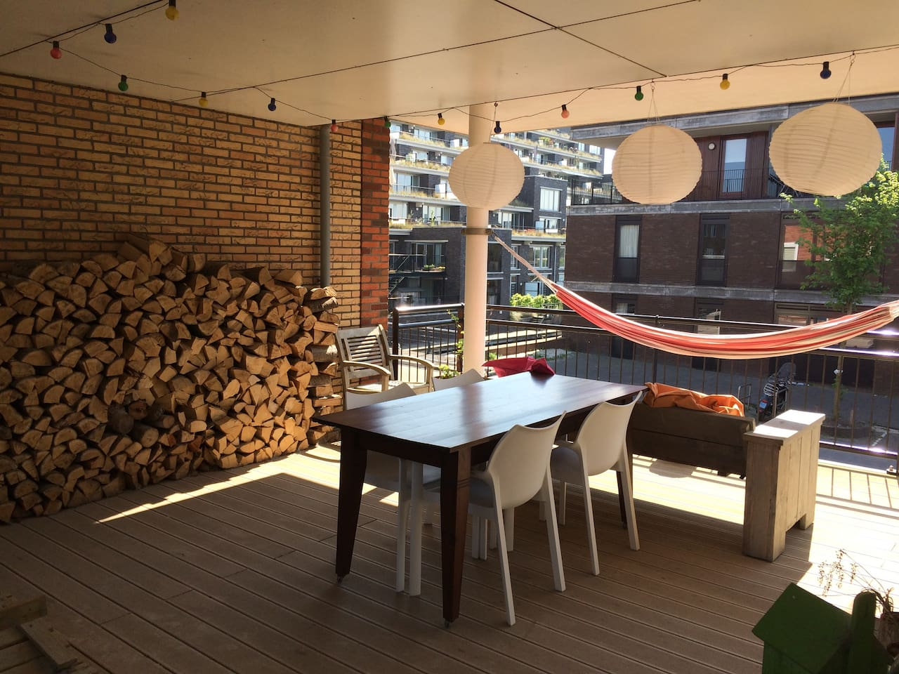 roofed terrace, 42 sq. mtr.