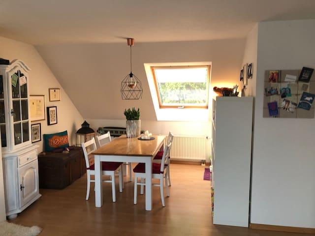 Gemütliche 2 Zimmer Wohnung im Süden von Bonn