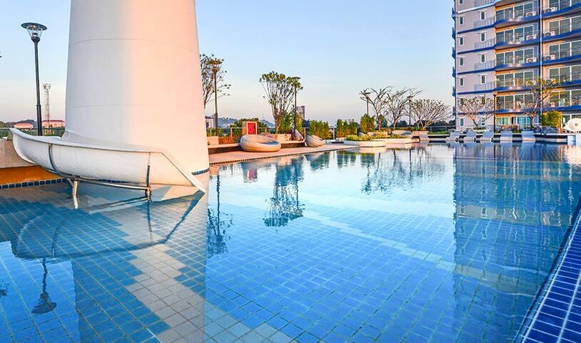 Supalai Mare Pattaya Sea View Two Bedroom