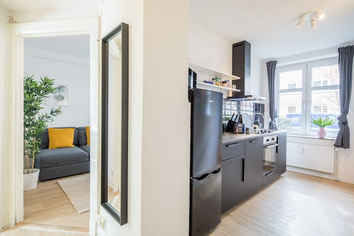 Fancy apartment +free parking at the street