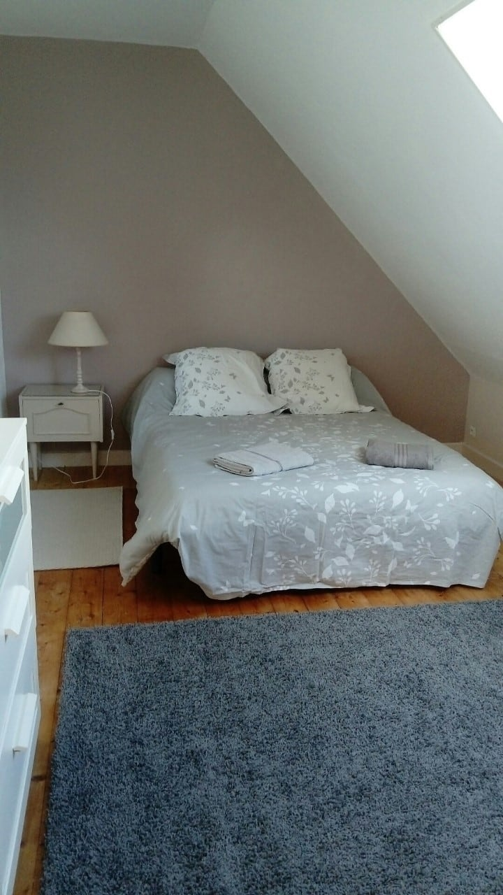 chambre au calme  (étage indépendant )