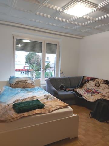 Comfortable cozy private room in Vienna (W2)