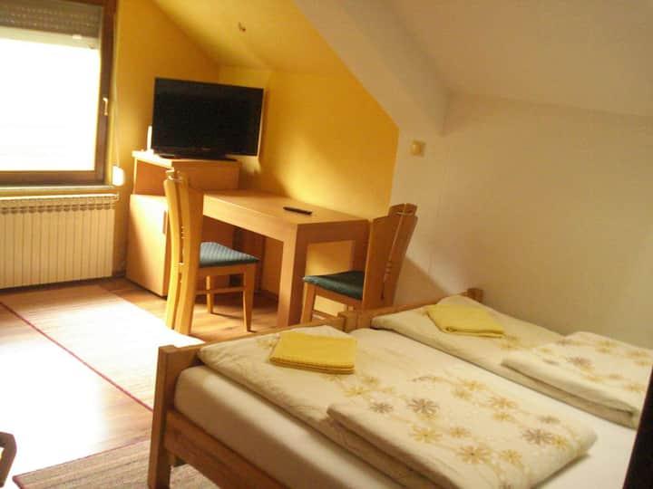 Guest House Majstorovic Soba s francuskim lezajem