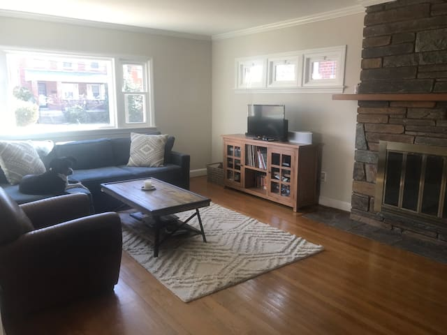 Large, Sunny, Two level 3BR Home
