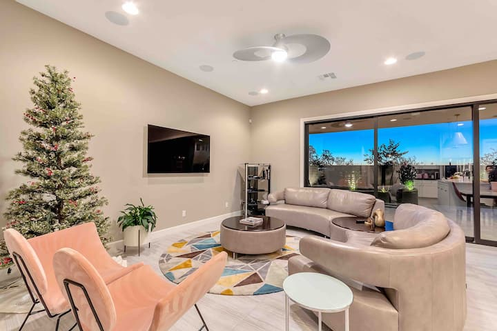 Scottsdale Home and Cup Of Tea