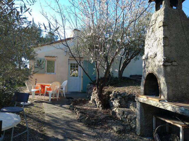 Cabanon en Provence proche d'Aix - Fuveau - บ้าน