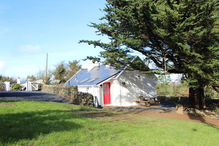 New renovated cottage @ the foot of Croagh Patrick