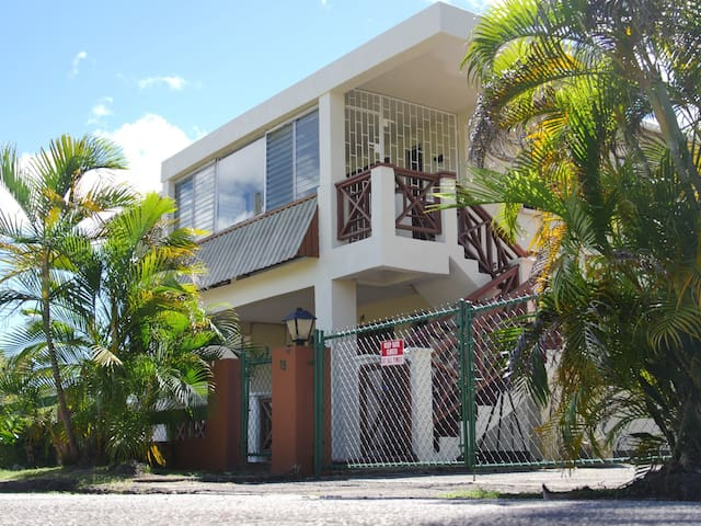 *Grace Villa* spacious+balcony+view+parking