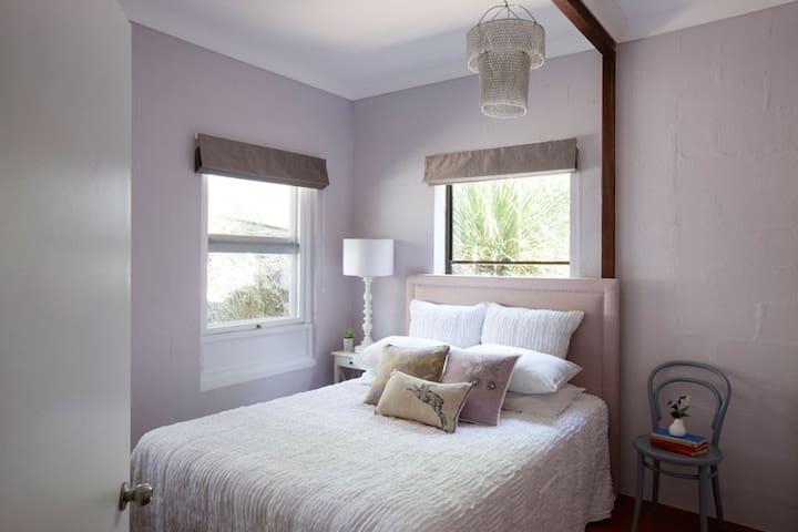 Birdsong Hideaway second bedroom