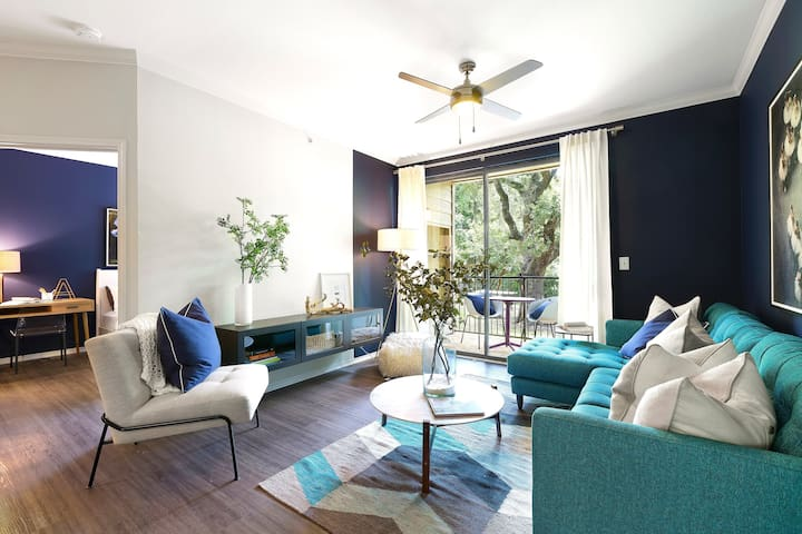 Upscale apartment home | 1BR in Austin
