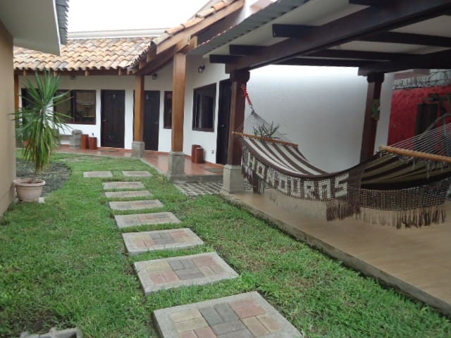 Casa de Mia Bed and Breakfast San Pedro Sula