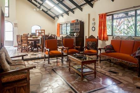 La Guacamaya Guesthouse & Coffee Farm - Cundinamarca - Haus