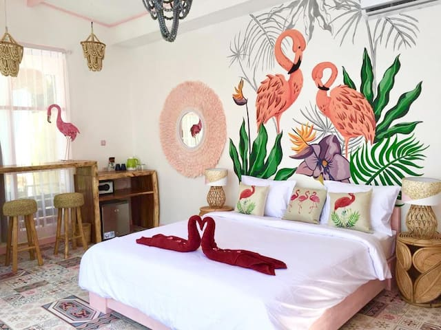 Flamingo Gili Trawangan Pink Flamingo room