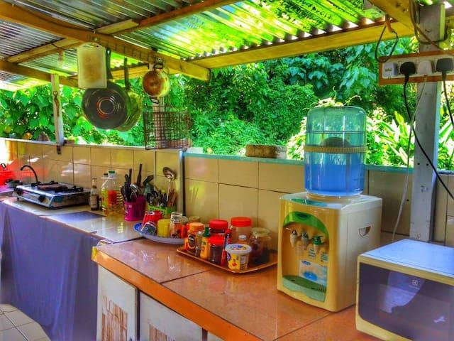 Outdoor Kitchen facilities