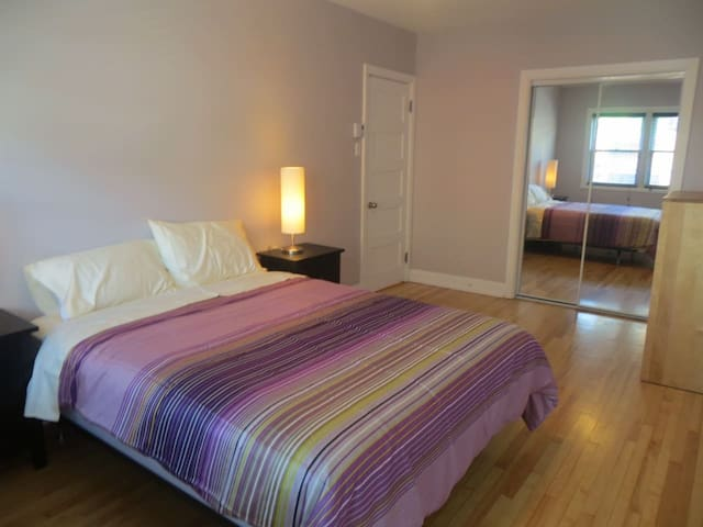 Grande chambre dans grand appartement - Plateau