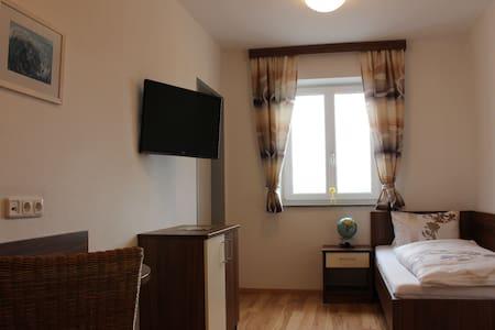 Einzelzimmer Langs Wirtshaus - Pehersdorf - Penzion (B&B)