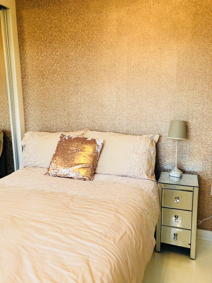 En-suite double loft bedroom