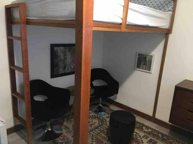 Hostel Oscar Freire (Quarto Privativo p/3 pessoas)