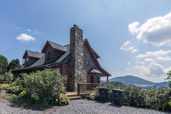 Appalachian Adventure - 10 mins to ASU! Ping Pong - Beautiful Mountain Views!