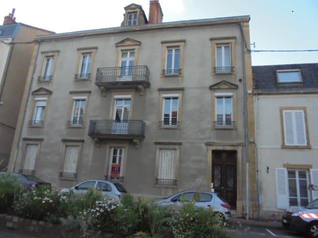 Studio meublé au centre de Paray le Monial - Paray-le-Monial - Appartement
