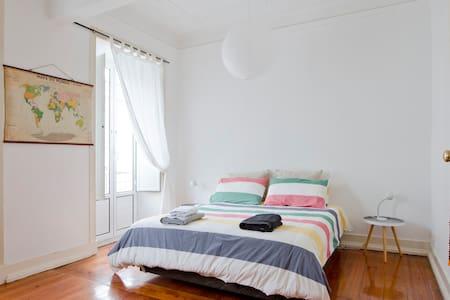 Bed & Breakfast & Transfer service - Lisboa - Apartamento