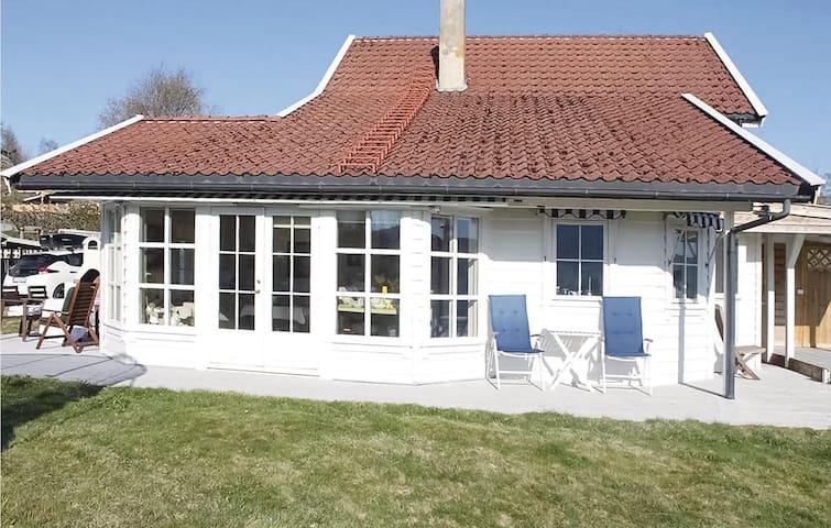 Holiday cottage with 2 bedrooms on 97m² in Førde i Hordaland