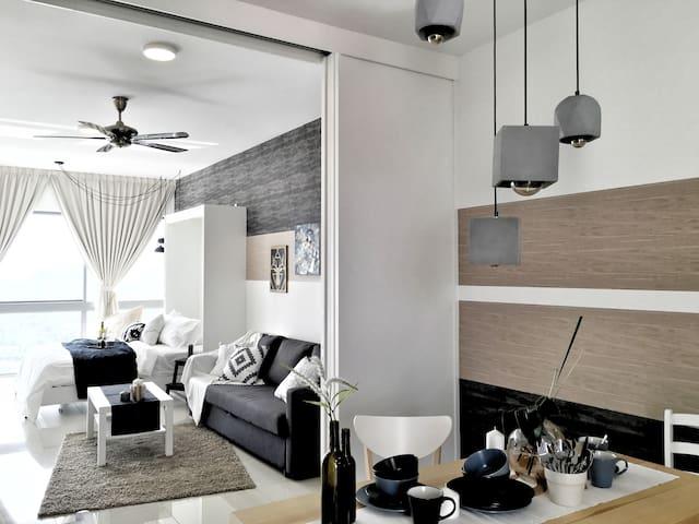 (Modern) Studio near UM | UMMC | Petaling Jaya