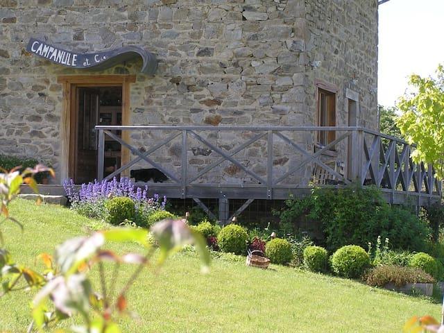 Gîte des Moineaux (Sparrows' Barn) - Champagnac-le-Vieux - House