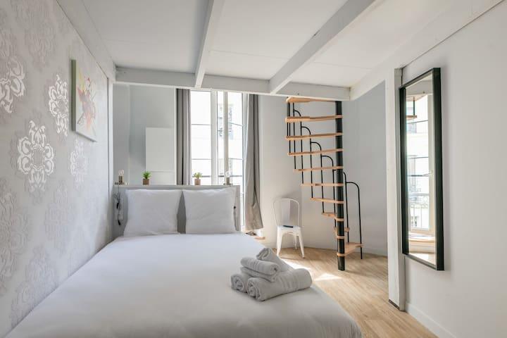 Opéra - Vendôme 16: cosy apartment for 4