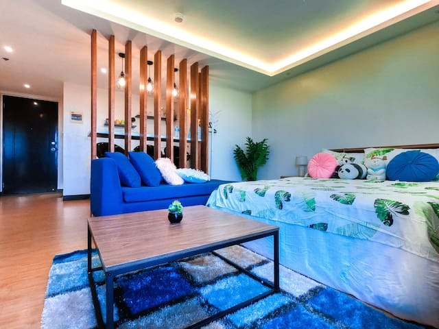 Cozy condo with Netflix and PS4 near to Airport