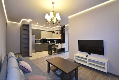 Beautiful/new apartment in the center of Yerevan