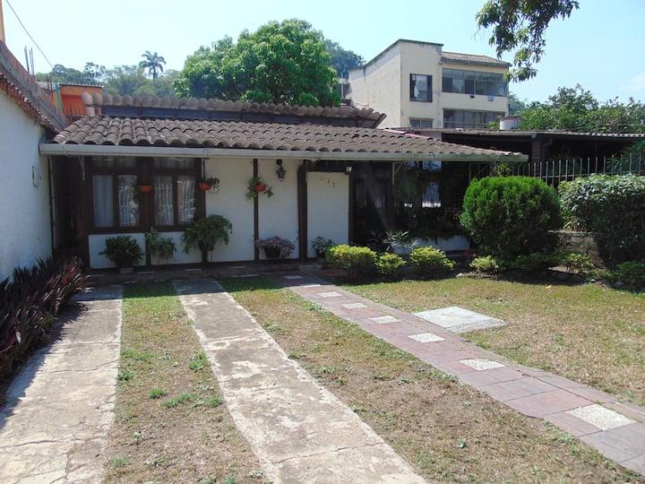 Acogedora casa de descanso en Villeta