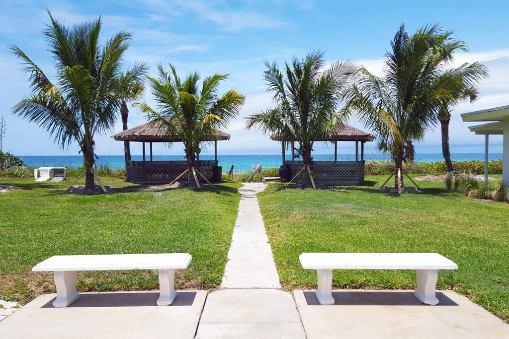 Walk over to our gazebos along the shore, then enjoy a stroll on the private Beach.