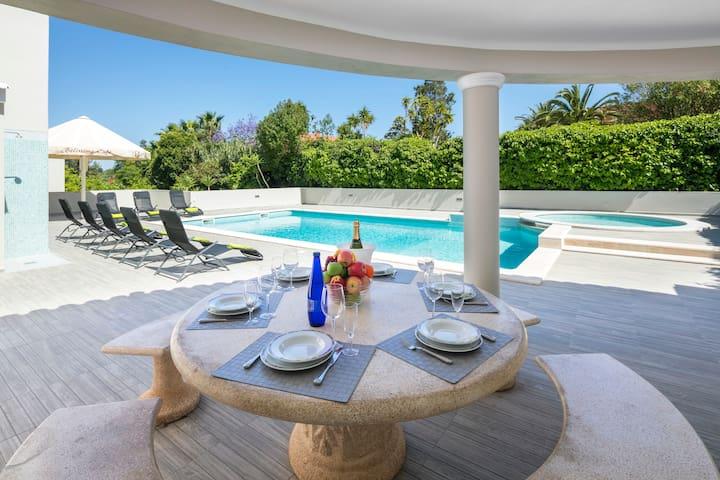 """Luxury  Villa """"Quinta jerónimo"""""""