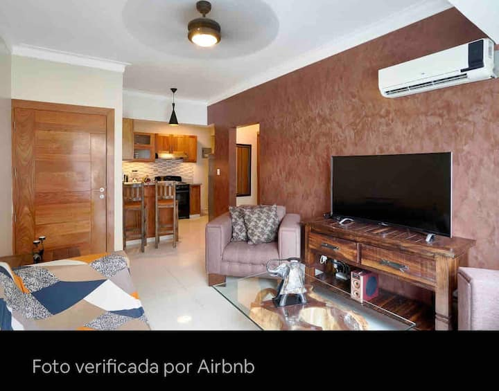 GREAT NEW APARTMENT IN CENTER OF THE CITY