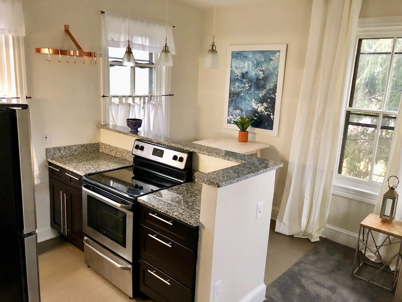 Kitchen Island with Stove and Cooking Space