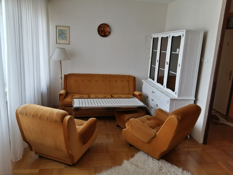 causy common space with sofa bed for 2 persons
