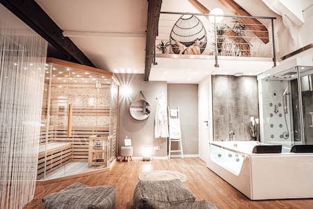 "Luxusloft ""Timeout"" mit privatem Spa Nähe Trier"