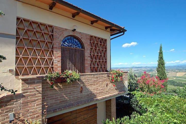 Agriturismo Cesani Winery - Glicine Apartment