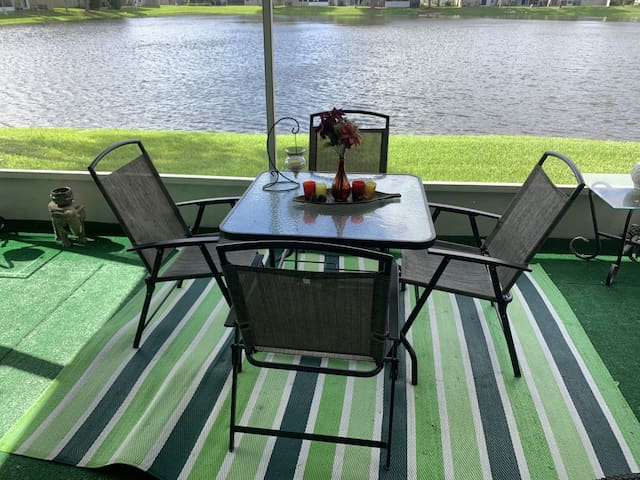 2 Private Bedroom/ 1.5 bathroom near Sawgrass Mall