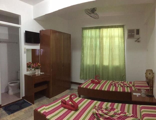 Aircon Rooms (near airport)