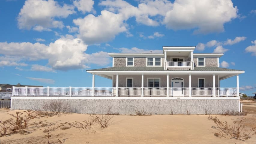 New Listing: Spacious & Bright Home w/ Right of Way to Ocean and Moriches Bay, Heated Pool, Hot Tub