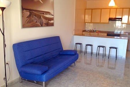Comfortable; Spacious Terrace/Pool - 蒂亚斯 - 公寓