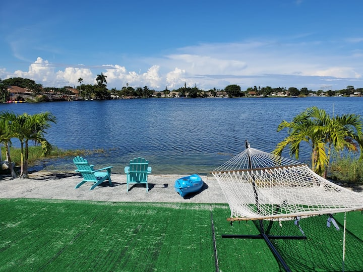 3/2 Lake House With Spectacular View Near Hard Rock Casino