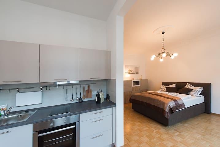 Modernes Apartment im schicken Altbau
