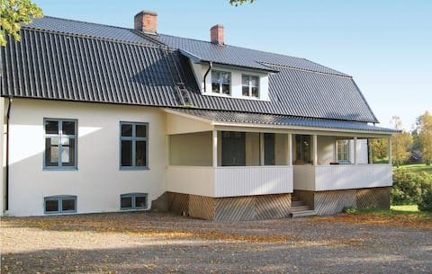Stunning home in Tidaholm with 2 Bedrooms